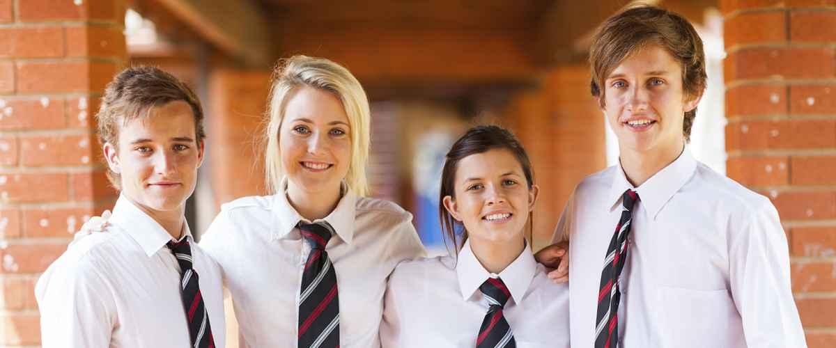 School-belonging-group-of-high-school-students-iStock-158234739-web