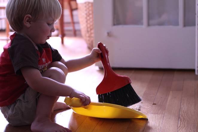 little_boy_sweeping.jpg.662x0_q70_crop-scale